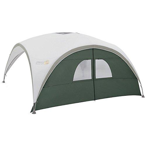 Coleman Sicht- und Windschutz als Türelement für Event Shelter